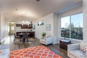 Riverton- Living, Dining Area