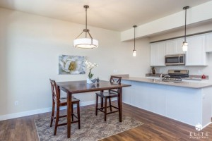 Dining Room- middle unit