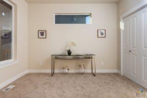 Riverton Den/Bedroom