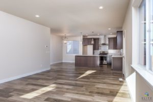 Cedar Living/Kitchen
