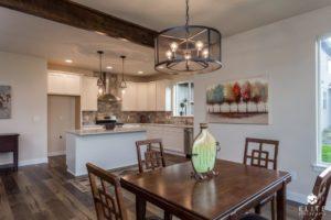 Pinewood Dining/Kitchen