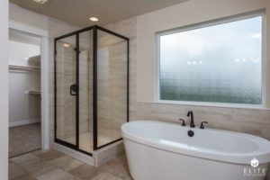 Pinewood Master Bath