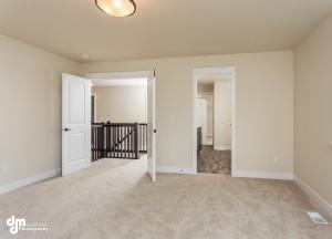 The Grand Oak- Master Bedroom