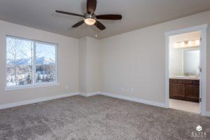 Master Bedroom- middle unit